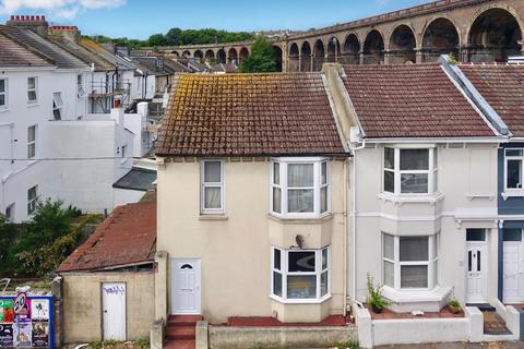 1 bedroom ground floor flat for sale - Preston Circus