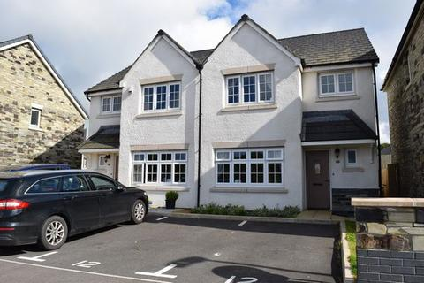 3 bedroom semi-detached house for sale - Pool