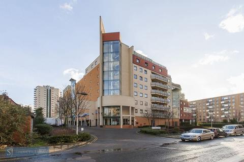 Studio for sale - Wards Wharf Approach, Royal Docks, E16