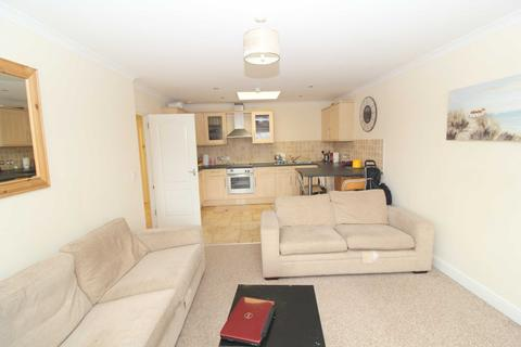 2 bedroom penthouse to rent - Blagrove House Apartments, 2-3 Newport Street, Old Town, Wiltshire, SN1