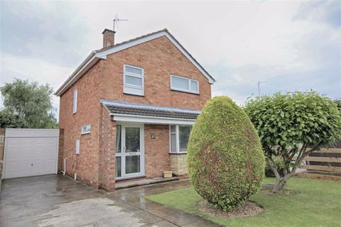 3 bedroom detached house for sale - Crown Drive, Bishops Cleeve, Cheltenham, GL52