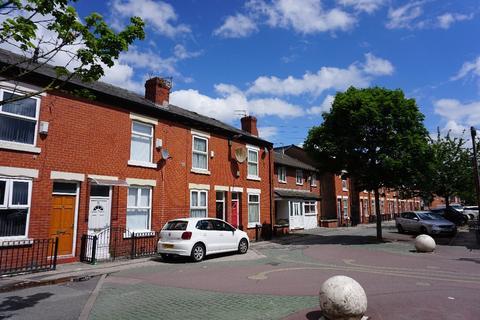 2 bedroom terraced house to rent - Mackenzie Street, Longsight, M12
