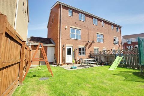 4 bedroom semi-detached house for sale - Woodheys Park, Kingswood, Hull, HU7