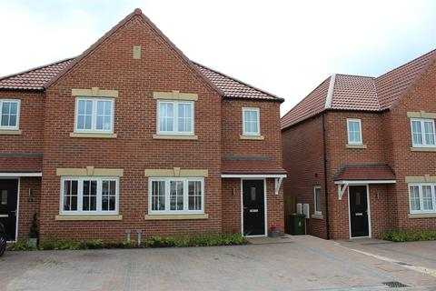 3 bedroom semi-detached house for sale - Bell Garth, Market Weighton, York