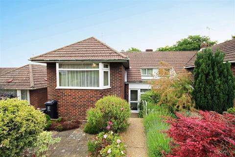 3 bedroom semi-detached house for sale - Fairview Rise, Westdene, Brighton