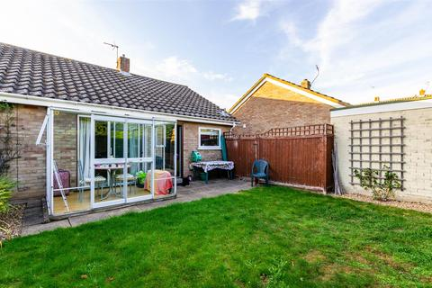 2 bedroom semi-detached bungalow for sale - Three Corner Drive, Norwich