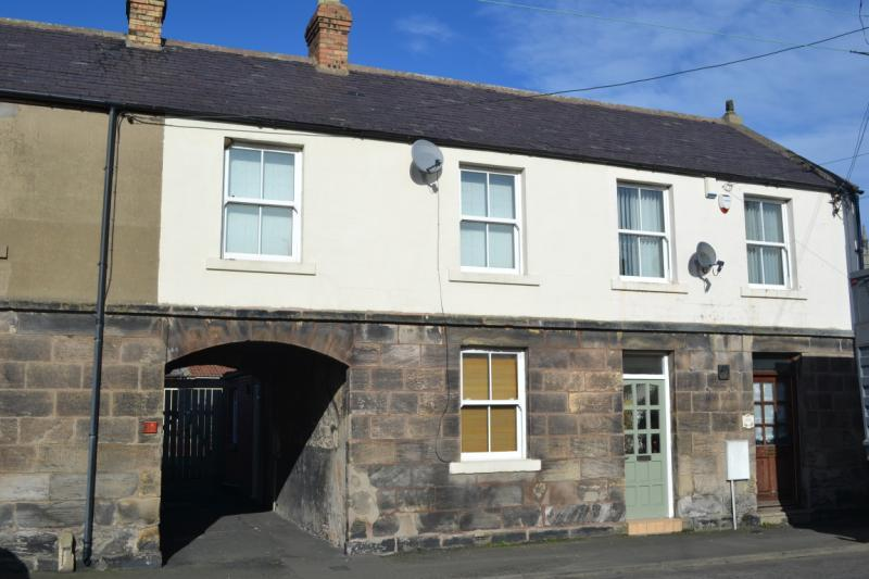 2 Bedrooms Terraced House for sale in West Street, Belford, Northumberland