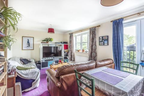 2 bedroom flat for sale - Barley Close, Wallingford, OX10