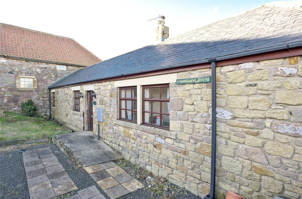 3 Bedrooms Semi Detached House for sale in Lindisfarne House, Adderstone, Belford, Northumberland