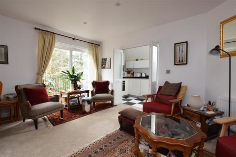 2 bedroom flat for sale - St. Ebbas Close, Old Road, Shotover Hill, Headington, Oxford, OX3 8SZ