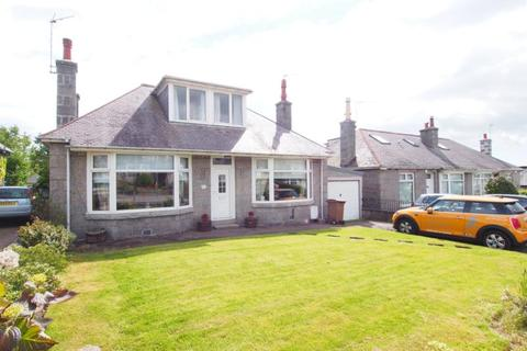 3 bedroom detached house to rent - Hilton Drive, Aberdeen, AB24