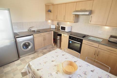 2 bedroom flat to rent - St Stephens Court, Charles Street, AB25