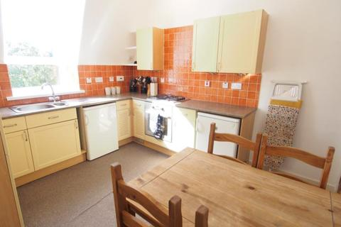 2 bedroom flat to rent - Merkland Road East, Aberdeen, AB24