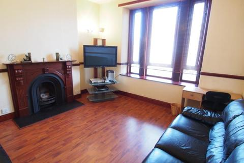 2 bedroom flat to rent - Whitehall Road, Left, AB25