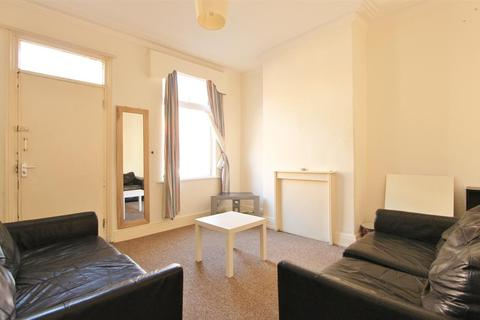 4 bedroom terraced house to rent - Langdon Street, Sheffield, S11 8BH