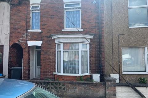 3 bedroom terraced house to rent - Silver Street, Barnetby DN38