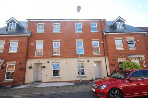 4 bedroom house to rent - The Nave, Laindon, Basildon, SS15