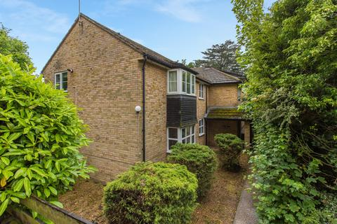 2 bedroom apartment for sale - Walnut Tree House, Brambleside, Loudwater