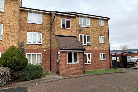 Studio for sale - Frazer Close, Romford