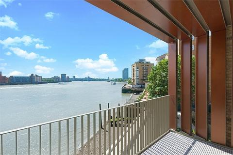 3 bedroom flat to rent - Imperial Court, 1-3 Odessa Street, London