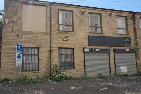 Industrial unit to rent - Great Horton Road, Bradford, West Yorkshire BD7