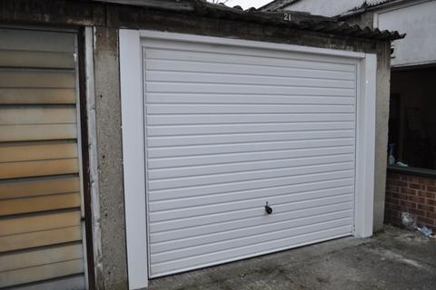 Garage to rent - Heathfield Square, Wandsworth SW18