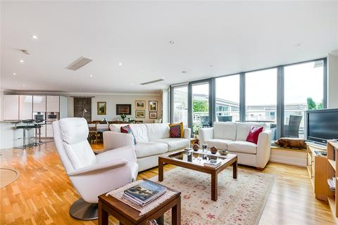 3 bedroom flat for sale - Tallow Road, Brentford, Middlesex