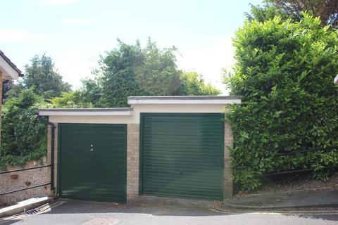 Garage to rent - Curwen Place, Brighton, East Sussex, BN1 6UH