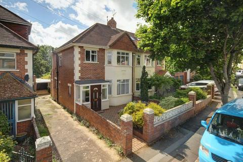 3 bedroom semi-detached house for sale - Rivermead Road, Exeter