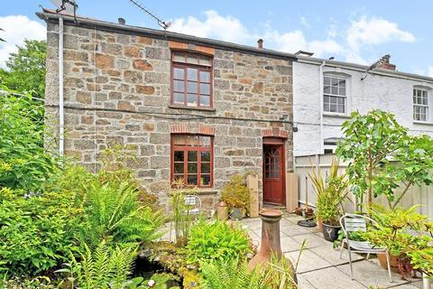 2 bedroom end of terrace house for sale - Carn Rock, Penryn