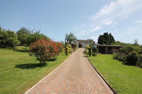 4 bedroom detached house for sale - Neds Top, Oldcroft, Lydney