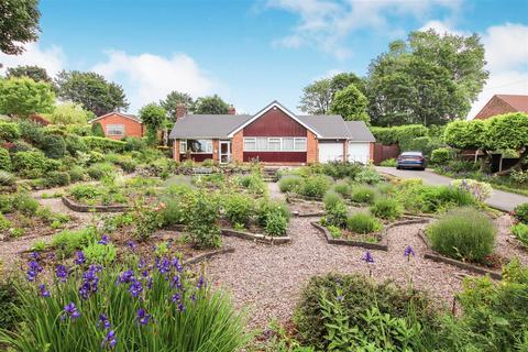 2 bedroom detached bungalow for sale - Sunnyside Avenue, Little Chell, Stoke-On-Trent