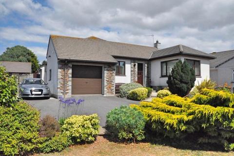 4 bedroom detached bungalow for sale - Belmont Road, Helston