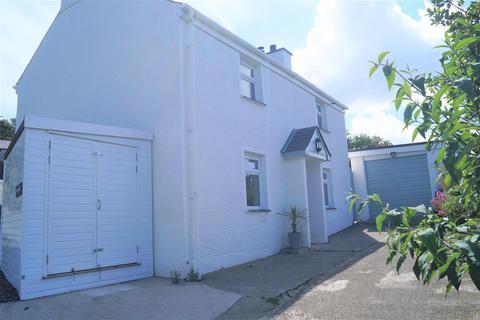 3 bedroom detached house for sale - Caernarfon Road, Pwllheli