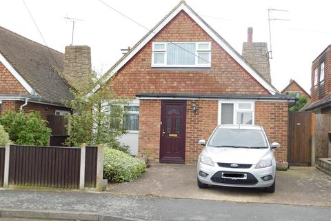 3 bedroom detached bungalow for sale - Darlington Drive, Minster On Sea, Sheerness