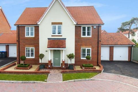 4 bedroom detached house for sale - Scholars Road, Broadstairs