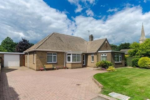 4 bedroom detached bungalow for sale - Sunk Island Road, Ottringham