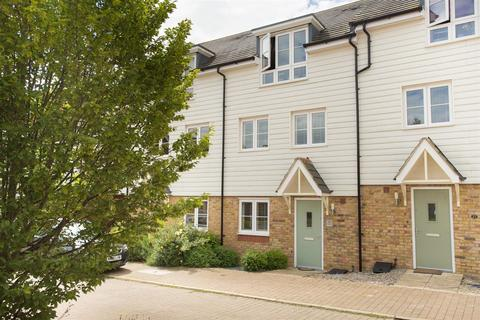 3 bedroom townhouse for sale - Pershore Way, Aylesbury