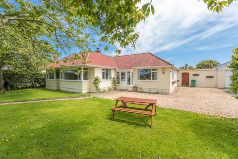 4 bedroom detached bungalow for sale - Les Varioufs, St. Martin, Guernsey