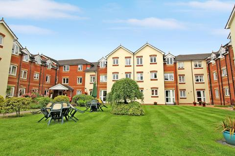 1 bedroom apartment for sale - Willow Court, Ackender Road, ALTON, Hampshire