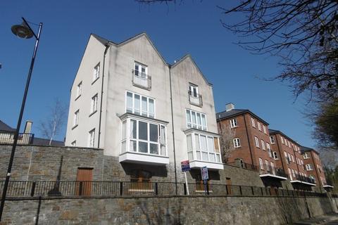 2 bedroom flat for sale - Meadow Bank, Llandarcy, Neath, Neath Port Talbot.