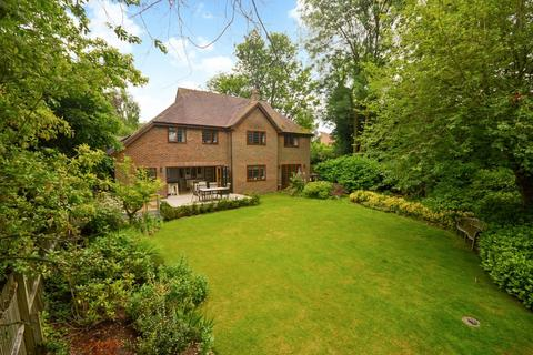 6 bedroom detached house for sale - Olantigh Road, Wye
