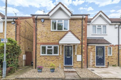 3 bedroom end of terrace house for sale - Mayfly Close, Eastcote, Pinner, Middlesex, HA5