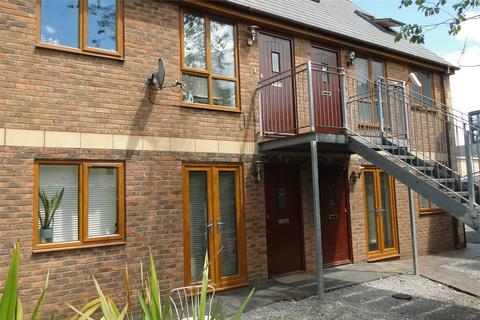2 bedroom flat to rent - Crwys Mews, Crwys Road, Cathays, Cardiff