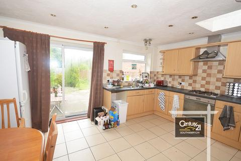 3 bedroom end of terrace house to rent - Padwell Road, Southampton, SO14 6RA