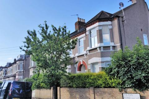 1 bedroom flat to rent - Wilton Road, London