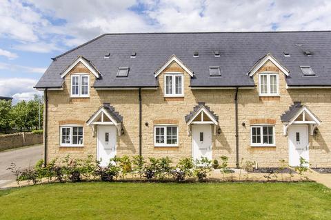 2 bedroom terraced house for sale - Barnwell Gardens, Deene, Corby