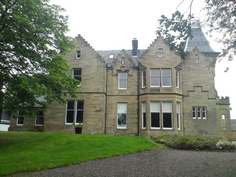 2 Bedrooms Apartment Flat for sale in Apartment 1, Balnakiel House, Wood Street, Galashiels, Selkirkshire