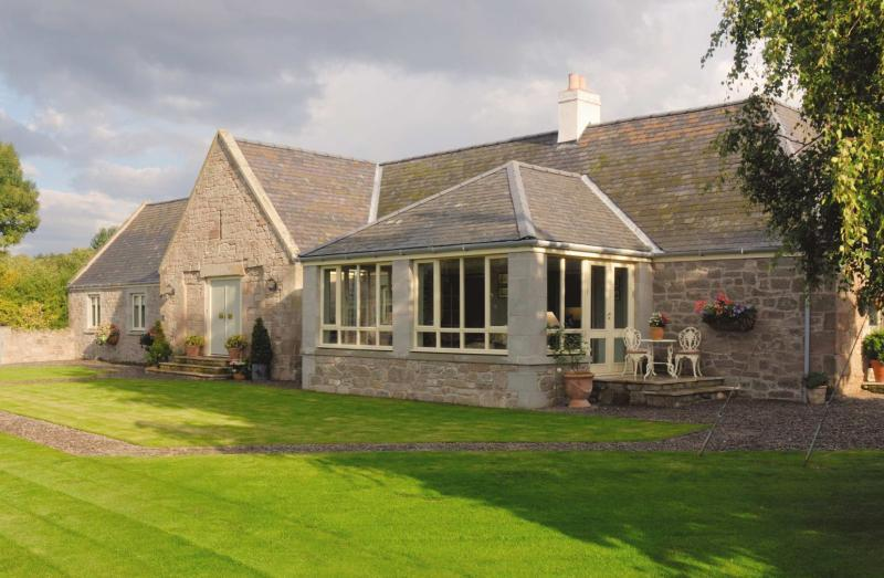 3 Bedrooms Semi Detached House for sale in The Cottage, Swinton Mill, Swinton, Berwickshire, Scottish Borders