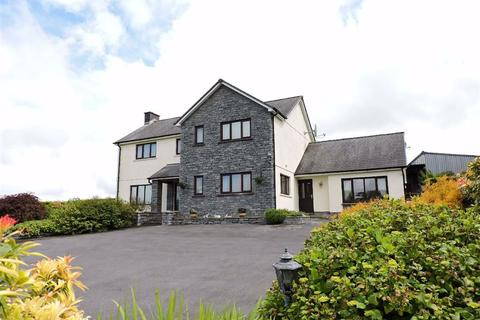 4 bedroom property with land for sale - Rhos, Llandysul